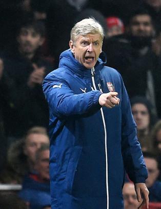 Wenger lover spillerkj�p i januar