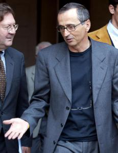 - Armstrongs dopinglege avbildet p� Astana-leir