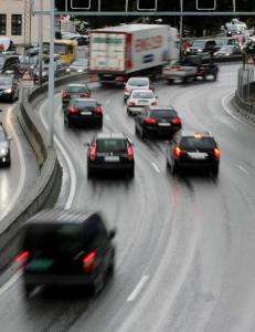 Nye motorveier skal f� h�yere fartsgrense