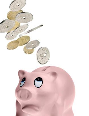N� er den norske krona  mindre verdt enn den svenske for f�rste gang siden 2000