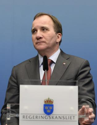 Stillingskrigen �ker foran svensk nyvalg