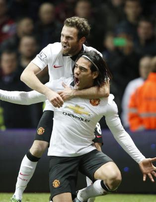Falcao reddet ett poeng for Manchester United