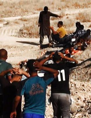 - IS henrettet 100 utenlandske krigere for � ha fors�kt � flykte