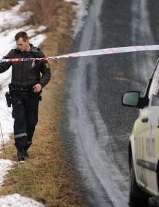 Far (47) og s�nn (17) funnet d�de p� g�rd  i Levanger: - De p�r�rende er i sjokk