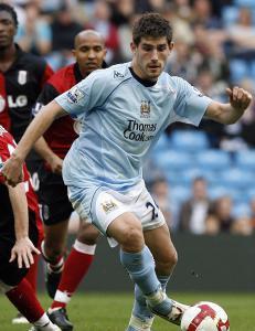 Oldham dropper signering av voldtektsd�mt fotballspiller