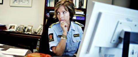 Hun har orden p� det politifaglige, men ikke p� spr�ket i sin siste krim