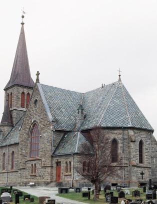Orgelpiper verdt flere millioner kroner stj�let fra kirke i S�r-Tr�ndelag