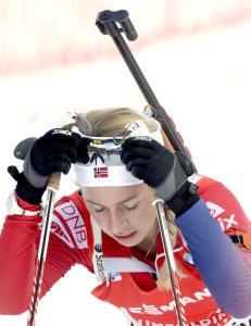 De norske skiskytterjentene p� en skuffende 11. plass