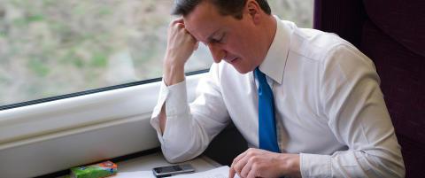 Utga seg for � v�re Storbritannias etterretningssjef og b�lleringte statsministeren