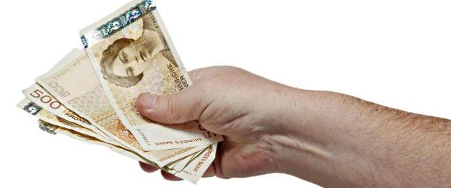 Menn i 40-�rene er landets d�rligste betalere
