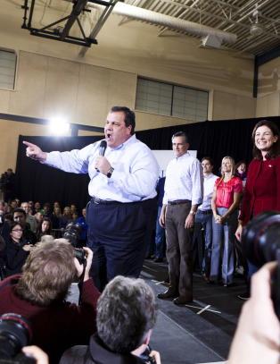 Christie, Bush og Romney i republikansk trekantdrama bak lukkede d�rer