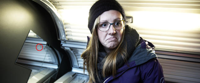 Jill (24) fant kikkhull i solarium. - Det var veldig ubehagelig