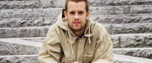 Daniel (27) tok sitt eget liv mens han var innlagt p� �pen avdeling. Det m� foreldrene leve videre med