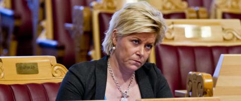 Finansminister-Siv snur - ikke lenger villig til � bryte menneskerettighetene