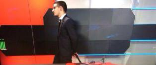 Bev�pnet mann tok seg inn hos TV-stasjon
