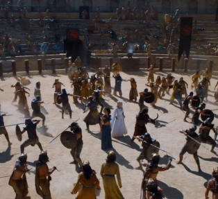 F�rste smakebit fra den nye �Game of Thrones�-sesongen. Er Daenerys i tr�bbel?