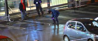 - Gjengleder drept av maskerte menn utenfor kj�pesenter i Malm�