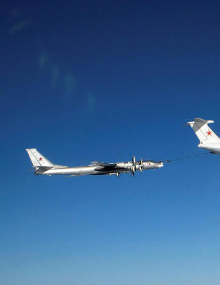 - Norsk lyttepost avsl�rte at russiske bombefly bar atomv�pen