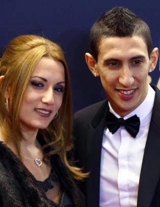 United-stjernas kone er forferdet. Nekter � flytte hjem
