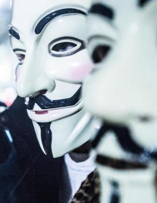Hackergruppe har iverksatt �massivt angrep� mot IS