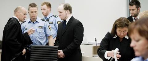 Breivik saks�ker staten for � slippe ut av isolasjon