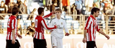 - Real Madrid vurderer om de skal bruke �degaard i Champions League