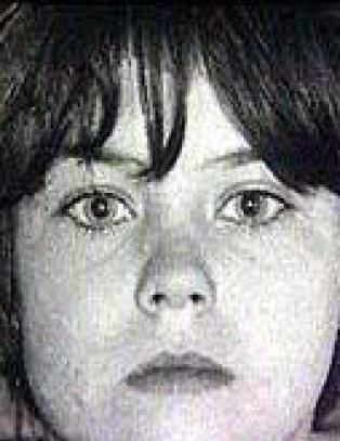 Hun ble drapsd�mt som 11-�ring og lever under falsk identitet