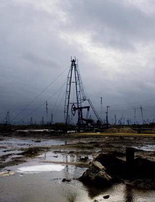 100 000 oljejobber borte