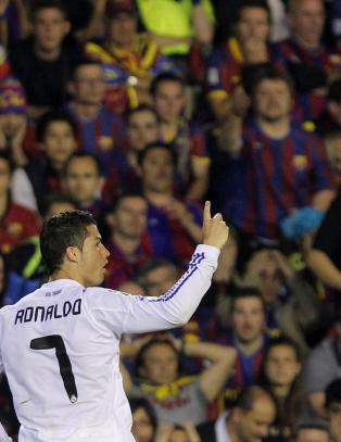 Barca-supportere etterforskes for Ronaldo-hets