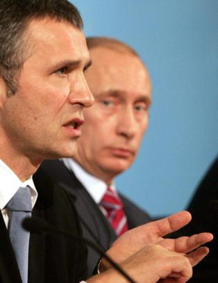 Britenes forsvarsminister advarer NATO-Jens mot Putin