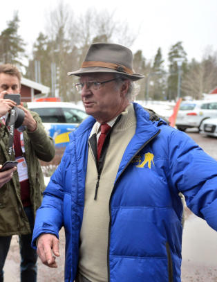 Svenskekongen geleidet bort etter Northug-sp�rsm�l