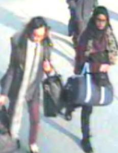 De tre skolejentene (15, 15 og 16) r�mte hjemmefra tirsdag. Britisk politi frykter de er p� vei til Syria