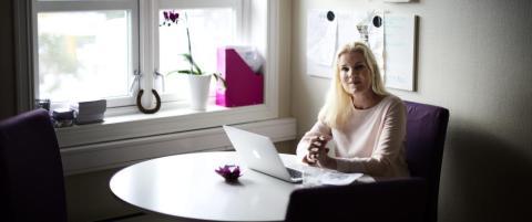 Hun finner den perfekte livsledsageren for velst�ende kunder, for 30 000 kroner