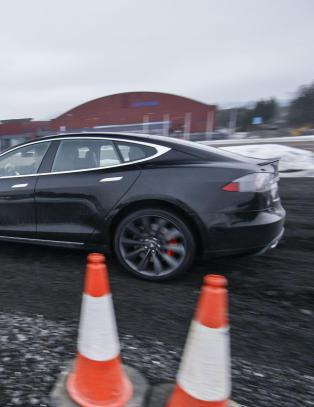 Vi har testet den avsindige Teslaen