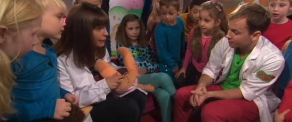 SVT f�lger opp omstridt barneprogram med hvordan barn blir til