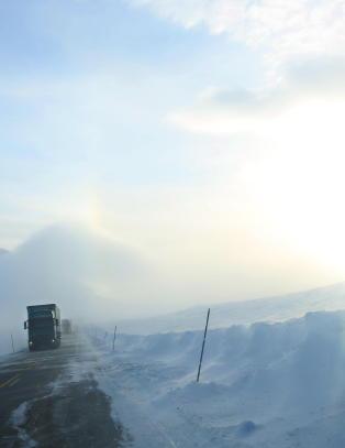 Varsler storm i store deler av S�r-Norge
