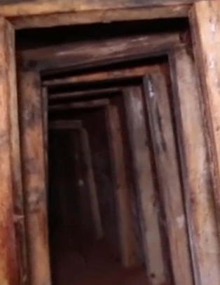 Gjennom denne nesten 300 meter lange tunnelen smugles narkotika til USA