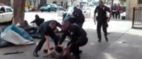 Sterke reaksjoner etter at politi skj�t hjeml�s mann i Los Angeles