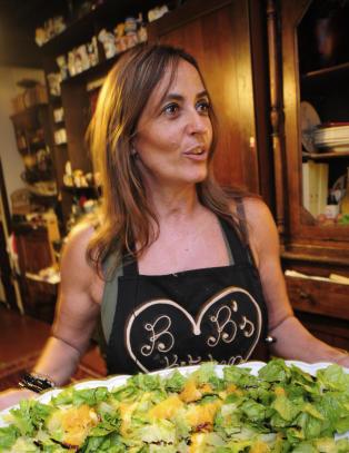 Airbnb for mat: Du ber deg selv hjem til Barbara, s� serverer hun deg middag