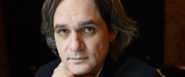 Charlie Hebdo to m�neder etter: - Ingen f�ler for � le i dag