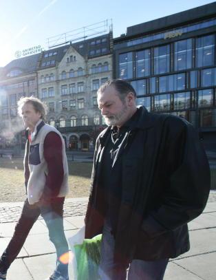 Eirik Jensen skrev boka for barna sine: - Man gj�r noen valg i livet. Kanskje uten � se konsekvensene av dem