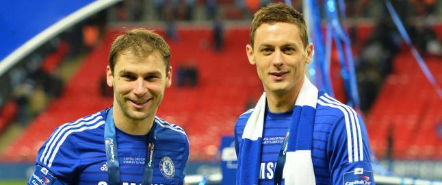 Matic var suspendert. Da Chelsea vant ligacupen tok han del i feiringen - og skadet seg
