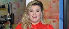 Ble kalt �feit� av tv-stjerne - n� sl�r Kelly Clarkson tilbake