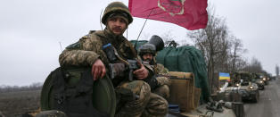 - V�penhvilen holder i Ukraina