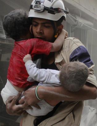 Syria inn i �r fem