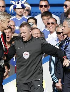 Mourinho sl�r tilbake mot Wengers frekke stikk