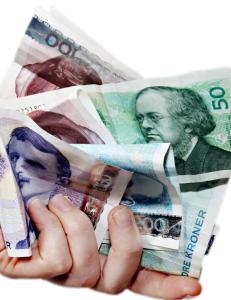 Kronen betydelig opp etter rentesjokket