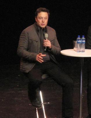 Elon Musk: - Ikke mulig � kj�re tom for str�m