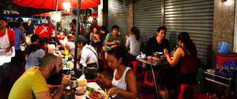 - De beste matopplevelsene i Bangkok finner du p� gata