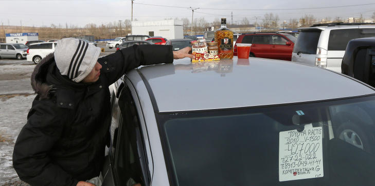Desperate russere bytter ut vodka med rense�midler
